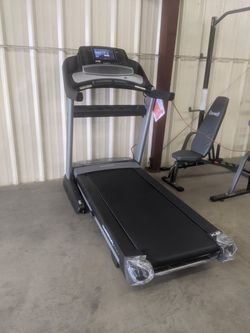 Nordictrack Commercial 1750 Treadmill for Sale in Fontana,  CA
