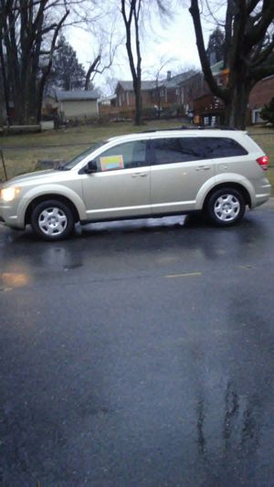 Nice and clean.Clean titles.Running great no mechanical problem no check engine lights.2010 dodge journey with 174k miles for Sale in College Park, MD