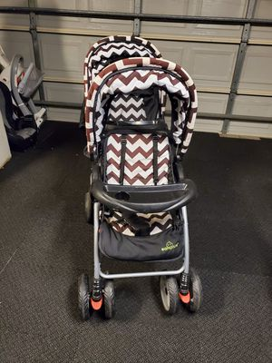 Double safe plus stroller for Sale in Fort Worth, TX