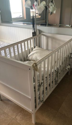 Crib IKEA for Sale in Miami, FL