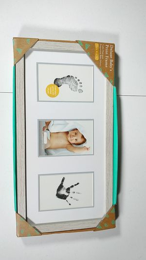 Deluxe Baby Print Frame for Sale in Buffalo, NY