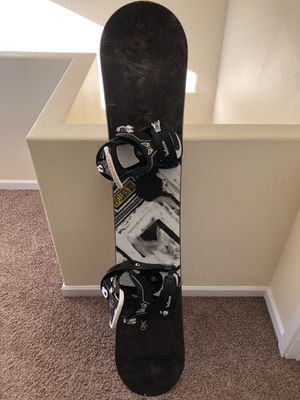 Burton Bullet - Complete Snowboard for Sale in Seattle, WA