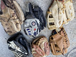 Left handed baseball gloves and catchers glove for Sale in Cerritos, CA