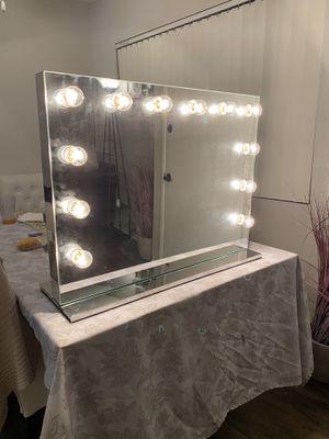 Make up vanity for Sale in Riverside, CA