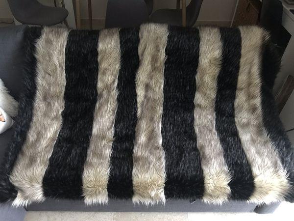 Faux Fur Blanket TAHARI