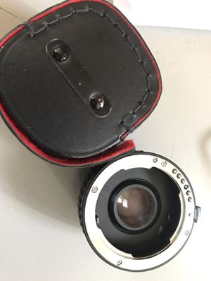 Alvina-ADG Auto 2x Tele converter KR with case and caps for Sale in Bellmawr, NJ
