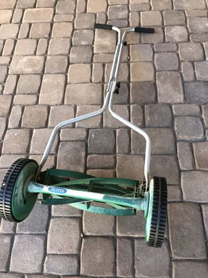 Push grass cutter. Works perfectly! Great for small lawns for Sale in Gilbert, AZ