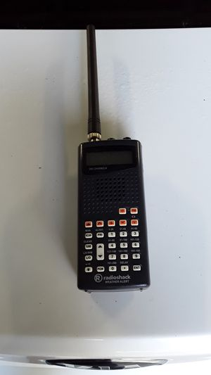 VINTAGE RADIO SHACK WEATHER 200 CHANNEL ALERT WORKS GREAT for Sale in Providence, RI