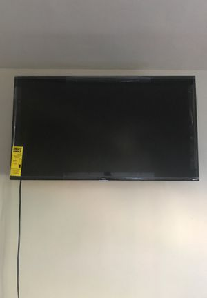 40-44 inch flat screen tv for Sale in Shaker Heights, OH