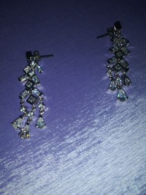 Silver earing for Sale in Chicago, IL