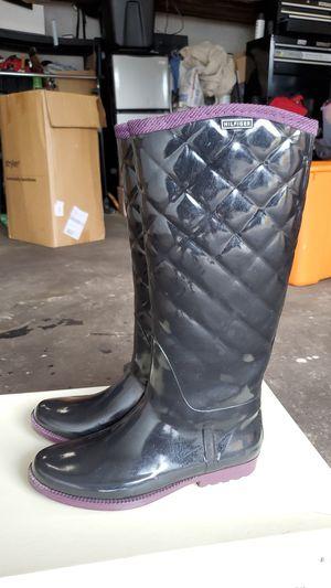 Hilfiger rain boots for Sale in Dedham, MA