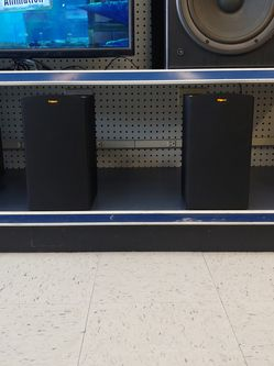 Klipsch R-15M Reference Bookshelf Speaker Pair for Sale in Aurora,  IL