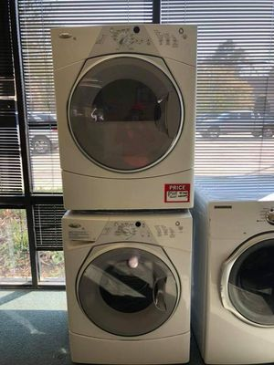 Whirlpool washer and dryer for Sale in Atlanta, GA