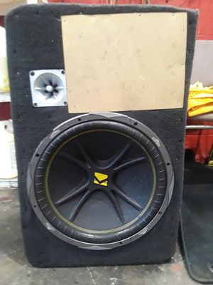 15 in kicker speaker and a vibe 228 amp for Sale in Sterling, VA