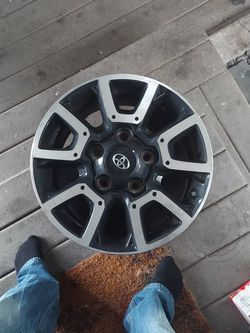 Toyota TUNDRA TRD Offroad Wheel for Sale in Tacoma,  WA