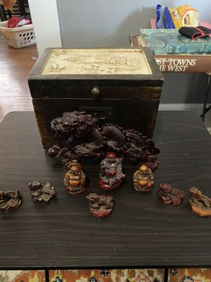 Chinese Feng Shui mini statues and box. for Sale in New Albany, IN
