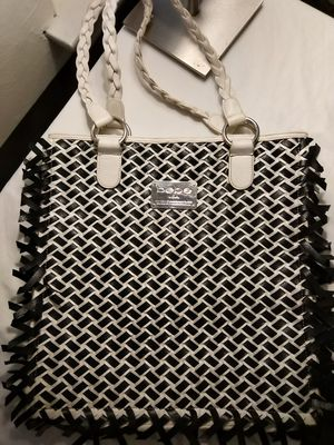 Bebe Beautiful Black and White Leather Mesh Oversize Tote Bag for Sale in Chicago, IL