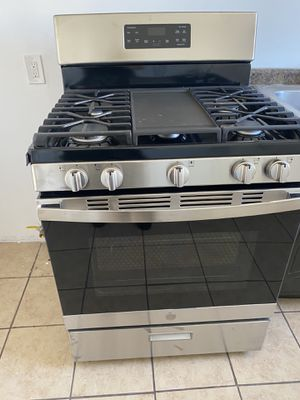 Stove for Sale in Midland, TX