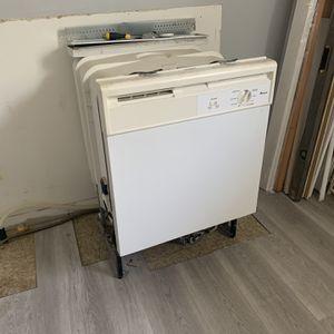 Nice dishwasher (Everything works) for Sale in Jacksonville, FL