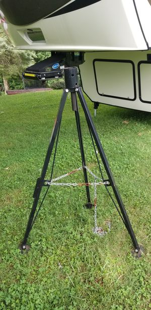 5th wheel tripod for Sale in Rocky Mount, VA