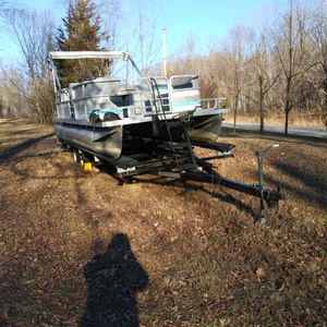 1984 Suncruiser By Lowe 20 Foot New Interior 97 Trailer From Just Add Water for Sale in Cloverdale, IN