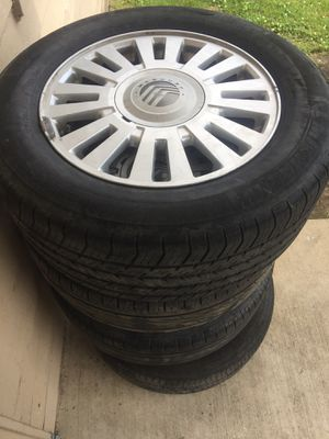 Mercury rims and tires for Sale in Lake Village, AR