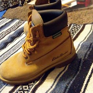 Boots Wheat Eddie Bauer for Sale in Bloomington, IL
