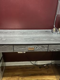 Brand New Grey Wood / Glass Desk for Sale in Queens,  NY