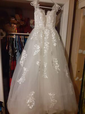 Wedding dress ball gown Style for Sale in New Britain, CT