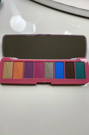 NEW Makeup Revolution Beauty Brave Spirit Palette for Sale in Parma, OH