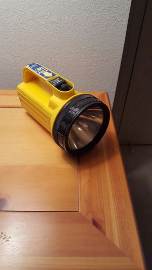 Flashlight (Takes the Huge Battery) for Sale in Chelan, WA