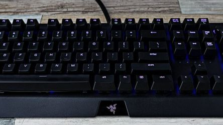 Razer Blackwidow Elite Keyboard Model: RZ0302620200R3U1 for Sale in Happy Valley,  OR
