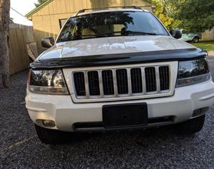 Strong 2004 Jeep Grand Cherokee Special AWDWheels Clean for Sale in Beaumont, TX