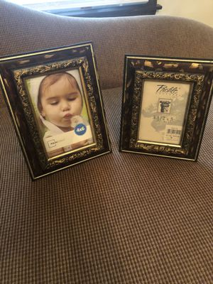 Picture frames for Sale in Waterbury, CT
