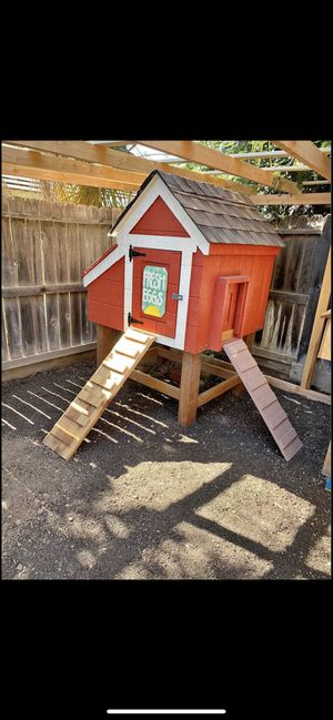 Chicken Coop for Sale in Riverbank, CA