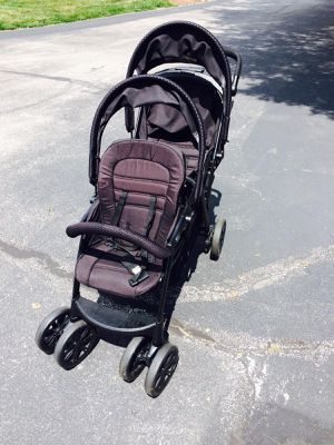 Chicco Double Stroller for Sale in Manchester, MO