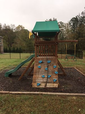Gorilla Outing Ill swing set for Sale in Monroe, NC