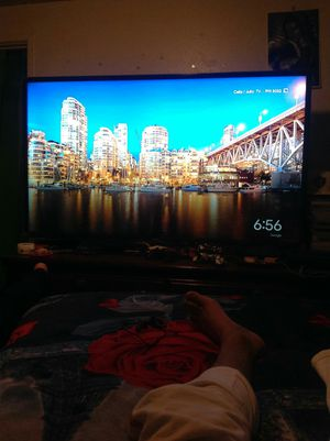 65 inches Samsung smart tv for Sale in Denver, CO