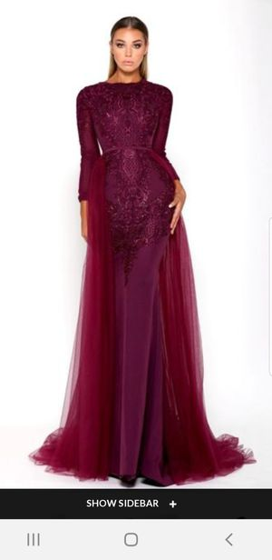 Portia and scarlett evening gown (Plum) size 12 for Sale in Dearborn Heights, MI