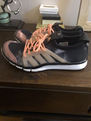 Adidas running shoes(7) for Sale in Alexandria, VA