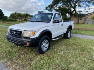 1999 Toyota Tacoma TRD for Sale in Miami, FL
