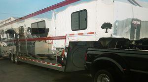 2006 PRECISION TL HE 5-7 HORSE AIR RIDE 38' GOOSENECK HORSE TRAILER - PHOENIX AZ for Sale in Glendale, AZ