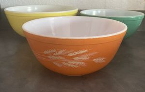 Three large Pyrex bowls for Sale in Phoenix, AZ
