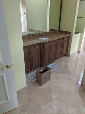 Kitchen cabinets for sale for Sale in Pompano Beach, FL