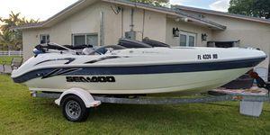 Jet boat Seadoo Challenger 2000 for Sale in Hialeah, FL