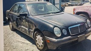 1998 Mercedes Benz e300 parting out diesel for Sale in Woodland, CA