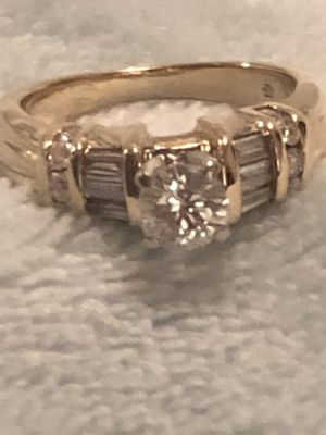 Engagement ring for Sale in Flint, MI