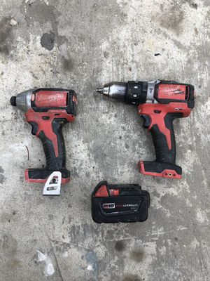 """🛠 MILWAUKEE BRUSHLESS 1/4"""" HEX IMPACT DRIVER AND 1/2"""" HAMMER DRILL DRIVER w/ BATTERY 🛠 for Sale in Carson, CA"""