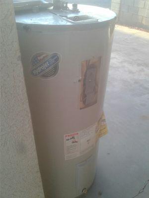 Electric water heater for Sale in Phoenix, AZ