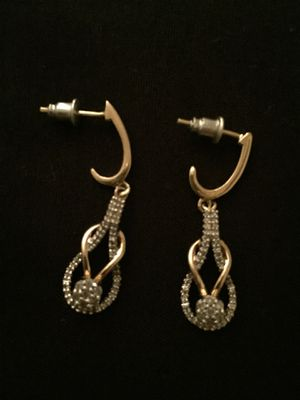14k gold earrings with diamond clusters for Sale in Harrisonburg, VA